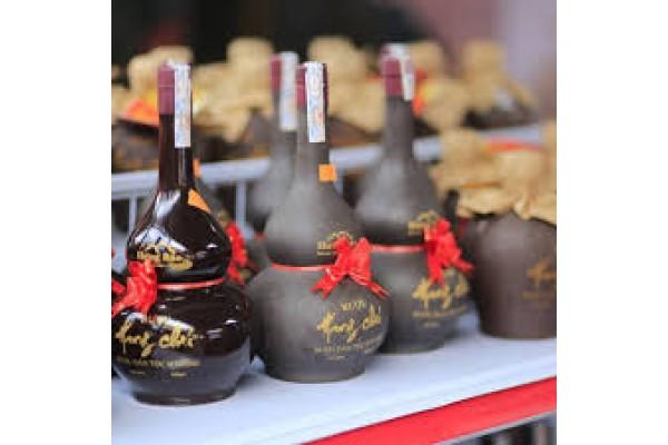 Cùng tìm hiểu cách thức chưng cất rượu Hang Chú ngon nổi tiếng ở Sơn La