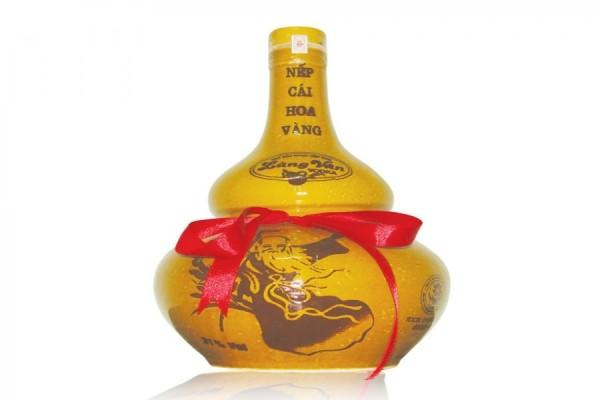 Câu chuyện về rượu nếp cái hoa vàng giá chỉ từ 20.000 đồng/lit