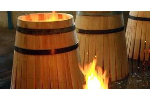 Sản xuất thùng rượu gỗ sồi cầu kỳ và tinh tế như thế nào?